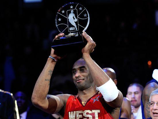 科比在自己的地盘拿下MVP!