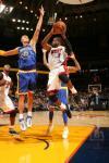 图文-[NBA]热火113-120勇士韦德跳起传球