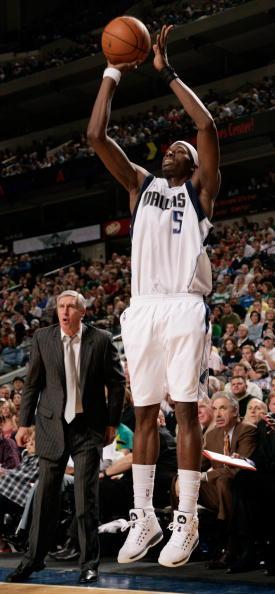 图文-[NBA]爵士117-125小牛霍华德狂砍47分