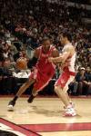 图文-[NBA]火箭80-93猛龙麦蒂边路突破
