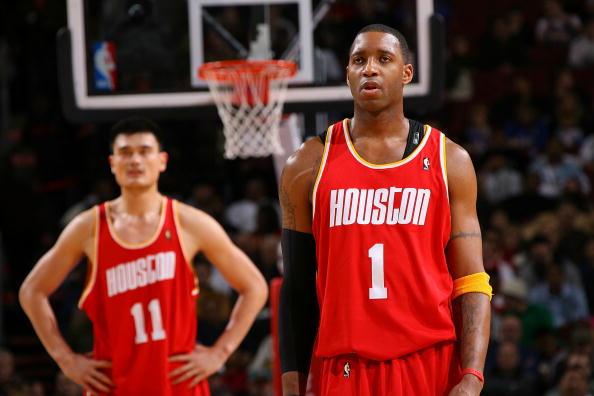 图文-[NBA常规赛]火箭VS76人姚明麦蒂同陷低迷