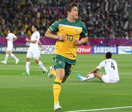 亚洲杯-科威尔闪电破门澳洲6-0乌兹别克进决赛