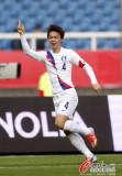 韩国队崔智勋庆祝进球