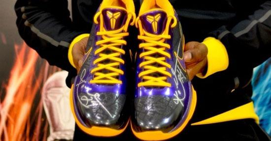 Nike Zoom Kobe V荣耀面世