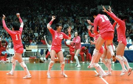1986年世锦赛女排成就三大赛五连冠
