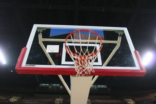 """""""全国网站看奥运""""走进奥运篮球馆 感受NBA风采"""
