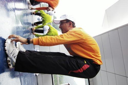 图文-奥运舵手总决赛第一集一招一式都很专业