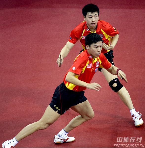图文-08测试赛男乒3比0韩国夺冠马龙陈�^双人转