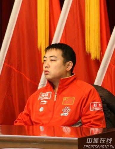 图文-国乒雪中开始军训刘国梁稳坐开训动员大会