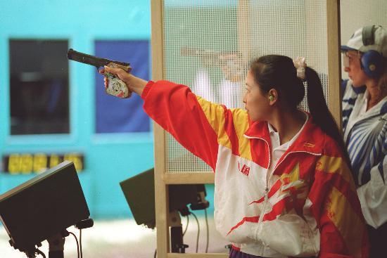 图文-中国历届夏季奥运会金牌得主 亚特兰大李对红