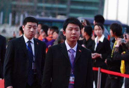 图文-众星闪耀斯诺克中国公开赛张安达李行渴望突破