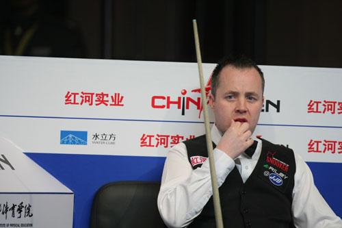 图文-斯诺克中国赛希金斯5-1马克-金男巫成竹在胸