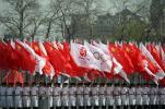 图文-火炬接力在天安门启动 国旗会旗护卫飒爽英姿