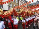 图文-北京奥运圣火在伦敦传递 中国特色的演出