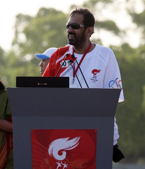图文-北京奥运圣火在新德里传递 发表传递感言