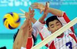 图文-2008中国俱乐部男女排球赛 上海队队员拦网
