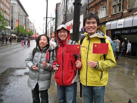 图文-圣火境外传递回顾之中国元素 伦敦的中国学生