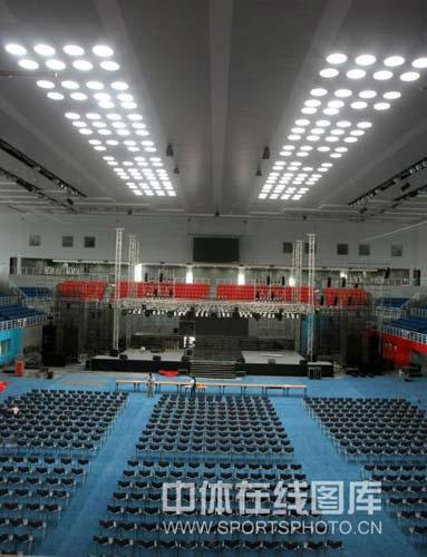 图文-北京科技大学体育馆巡礼 照明可以不靠电力