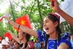 图文-奥运圣火在新疆石河子传递 我们爱圣火