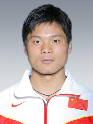 图文-2008年中国奥运代表团皮划艇队谢伟勇