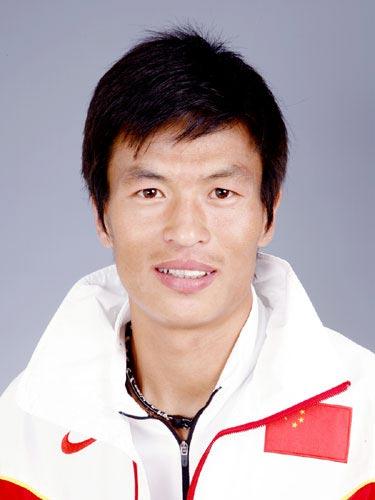 图文-北京奥运会中国代表团成立田径队队员李柱宏