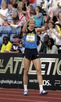 图文-2008伦敦田径超级大奖赛 希尔诺夫跳出2米38