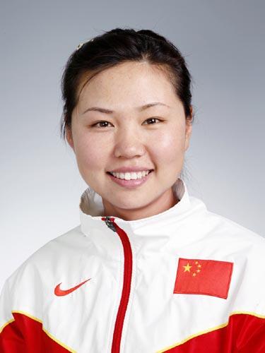 图文-北京奥运会中国代表团成立 射箭队队员陈玲