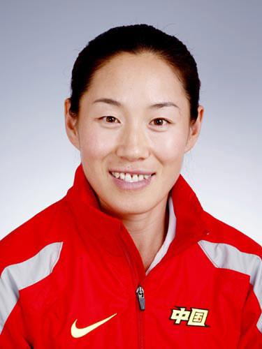 图文-北京奥运会中国代表团成立女曲队员李爽
