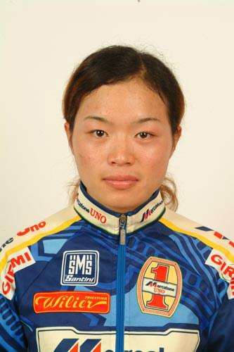 图文-北京奥运会中国代表团成立 自行车队员任成远