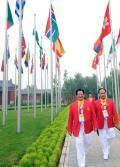 图文-中国体育代表团入住奥运村 中国举重队教练