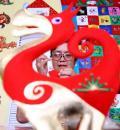 图文-奥运村内民间艺术家显神通 孙忠琴制作布艺品