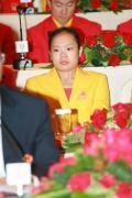图文-中国奥运金牌运动员记者会 程菲可爱表情