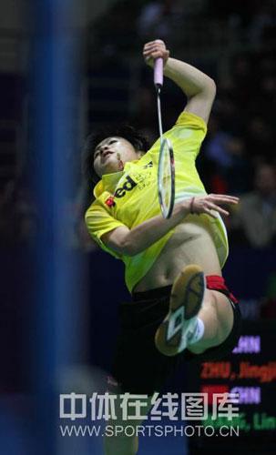 图文-中国羽毛球公开赛女单半决赛朱晶晶拼尽全力