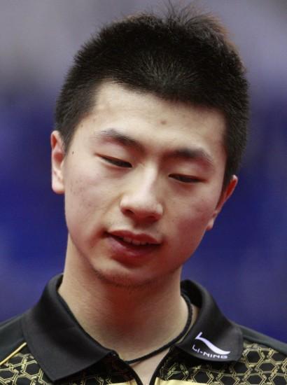 图文-世乒赛男单半决赛激战马龙低头反思