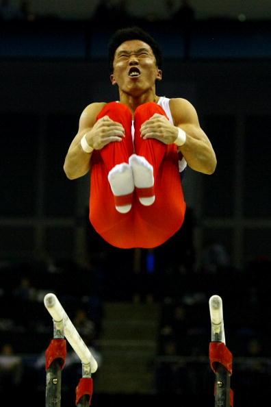 图文-世锦赛双杠中国包揽冠亚韩国名将柳源哲