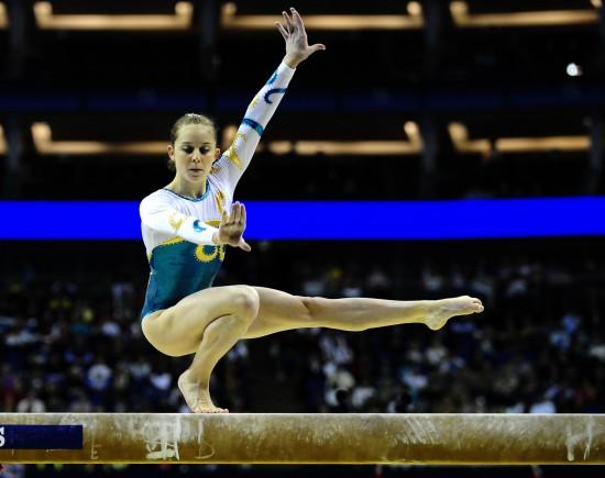 图文-体操世锦赛18日决赛赛况米切尔平衡木摘银
