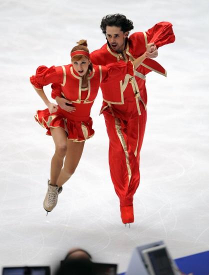 图文-贝尔宾/阿冈斯托冰舞折桂霍克洛娃/诺维斯基