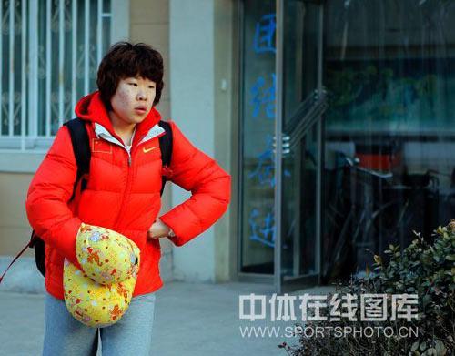图文-中国短道速滑队出征世锦赛周洋成最沉默之人