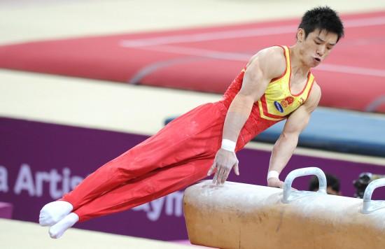 图文-体操世界杯卡塔尔站24日赛况董振东自由发挥