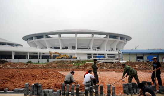 图文-广州亚运会新建场馆奥体网球中心人行道