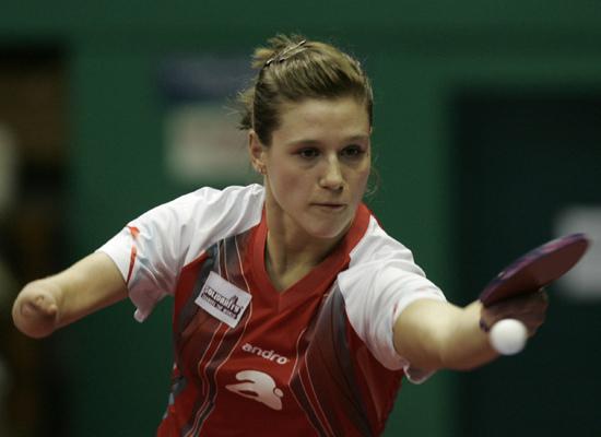 图文-女乒世界杯首轮战况波兰人帕泰卡很顽强