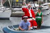 乘船的圣诞老人