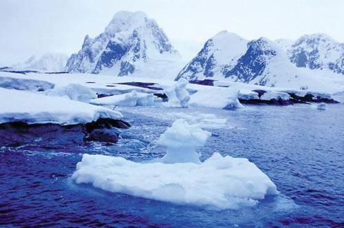 美国以印度裔科学家之名命名南极洲一山峰