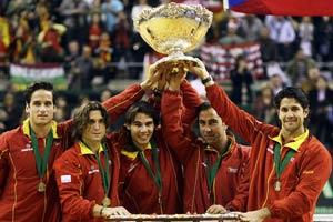 戴维斯杯纳达尔费雷尔再下两城西班牙5-0大获全胜