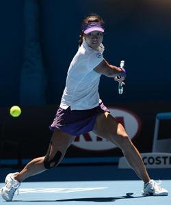 李娜次盘盘末连赢13分击溃对手晋级澳网第三轮