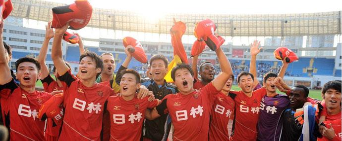 上海特莱士主场夺冠 队员尽情欢呼