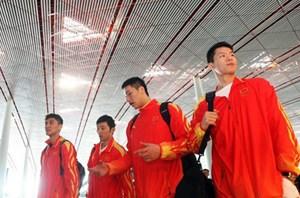 男篮飞赴广州开启亚运征程抵达亚运村后暂不训练