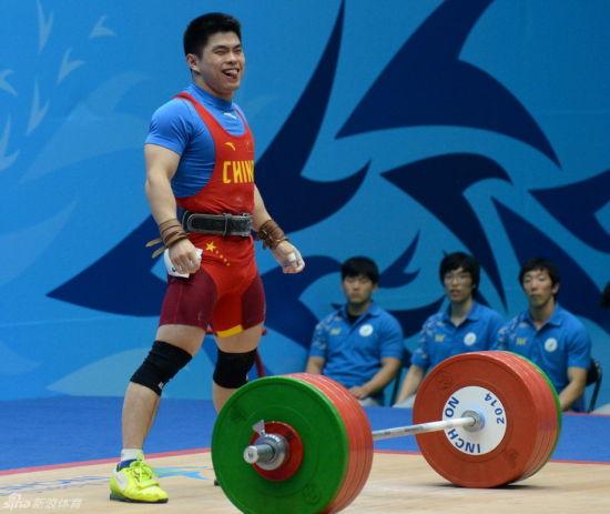 林清峰勇夺男子69公斤金牌