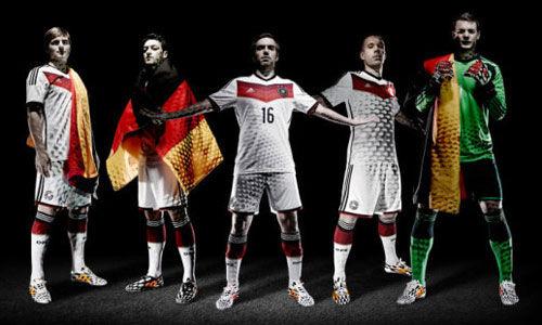 今天德国4比0葡萄牙的比赛,是德国国家队历史上的第100场世界杯比赛